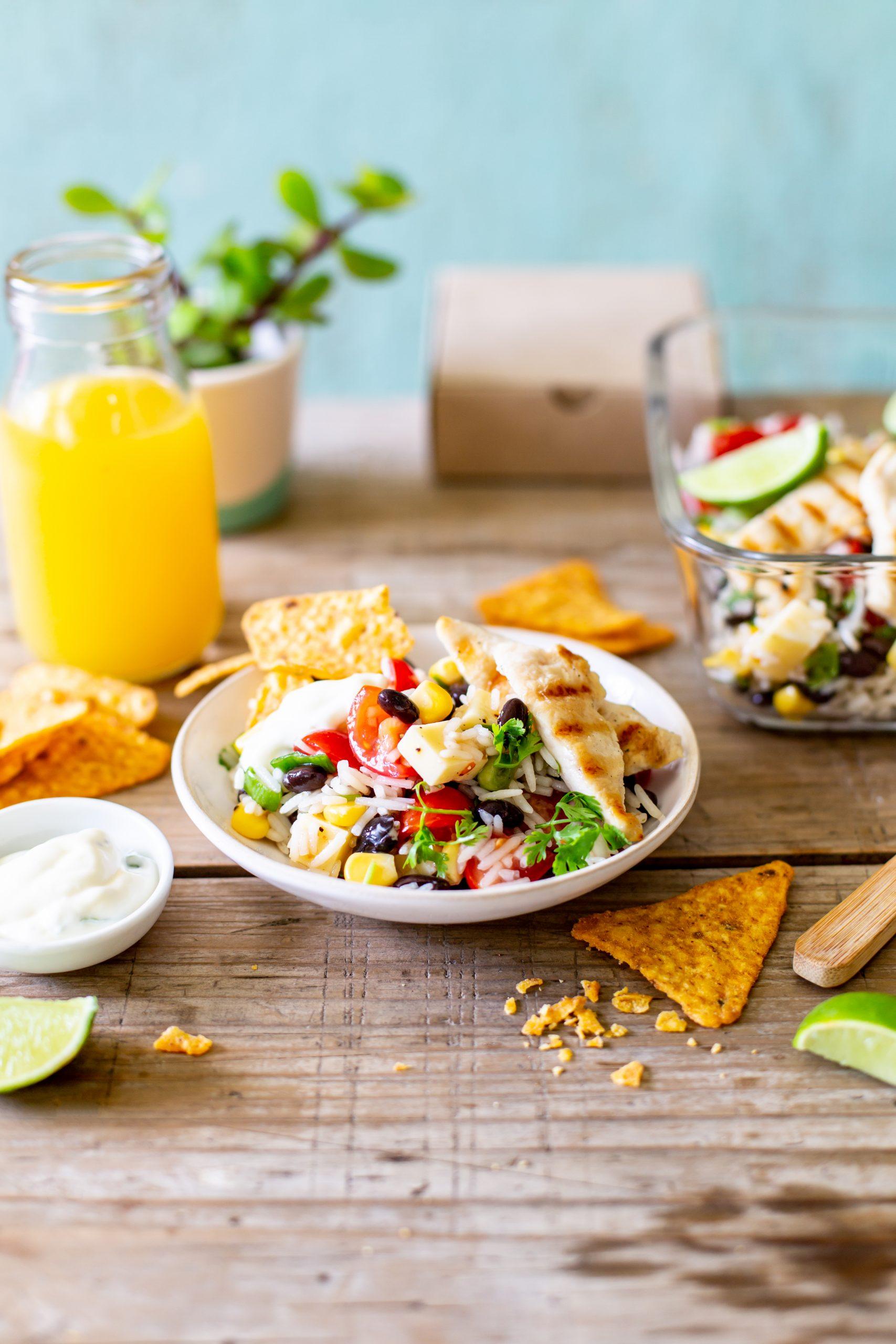 Crispy nacho salad