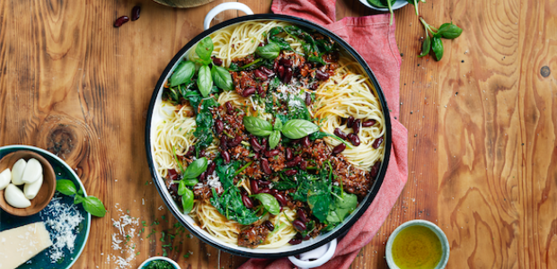 Spaghetti Bolognaise With Red Kidney Beans And Baby Spinach Food24