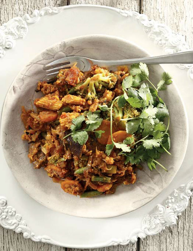 Vegetable and dhal curry