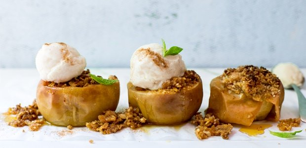 7 fruity desserts that aren't fruit salad