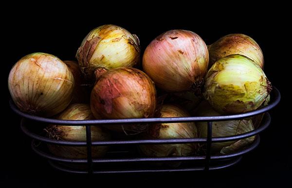 onions on shelf