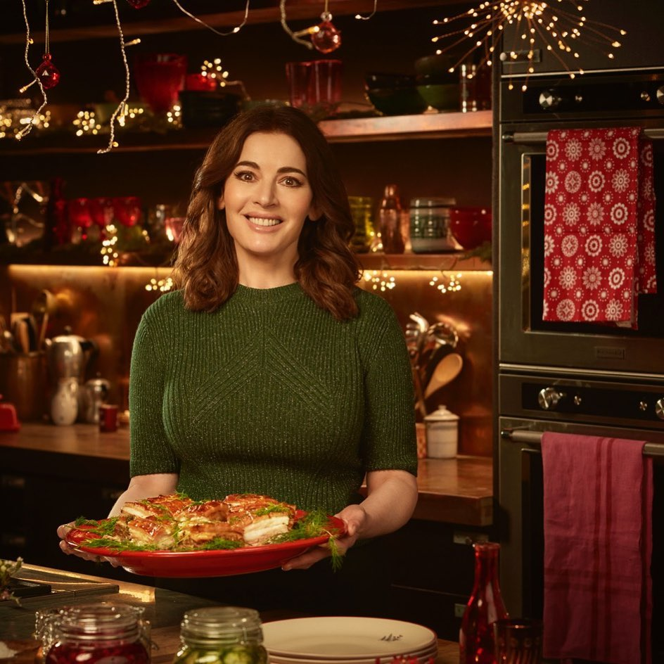 """Nigella Lawson has spoken and the """"correct"""" way to pronounce """"microwave"""" is out"""
