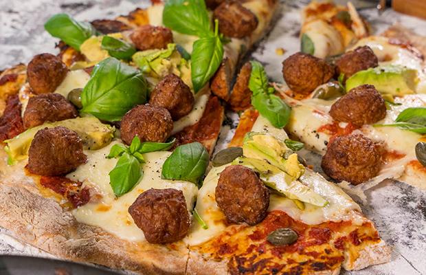 Mini frikkadel pizza